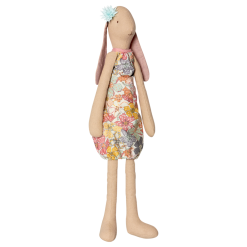 medium-bunny-flora-maileg