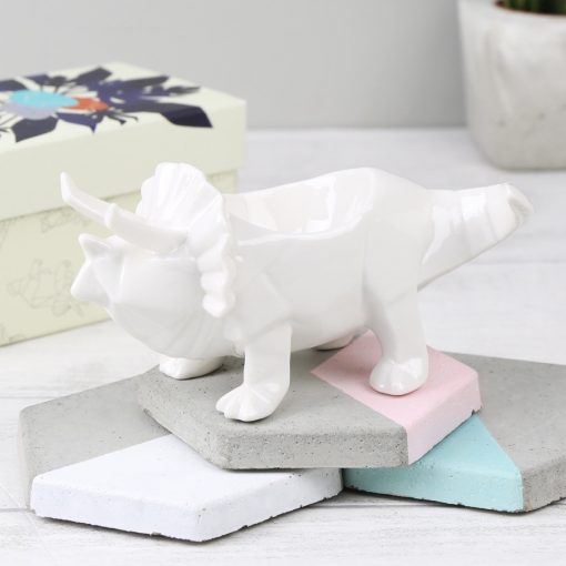 house-of-disaster-white-origami-triceratops-dinosaur-egg-cup-O21A8368-900×900