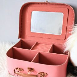 valise-pretty-little-things-sassandbelle
