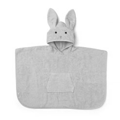 Orla_poncho-Poncho-LW12356-0032_Rabbit_dumbo_grey